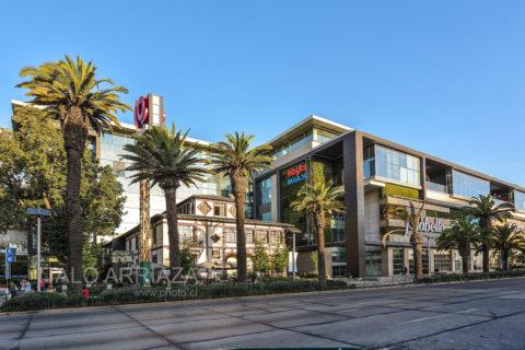 fotografía arquitectura mall Plaza Egaña